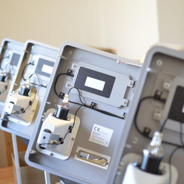 custom-interactive-solutions-process-assembling