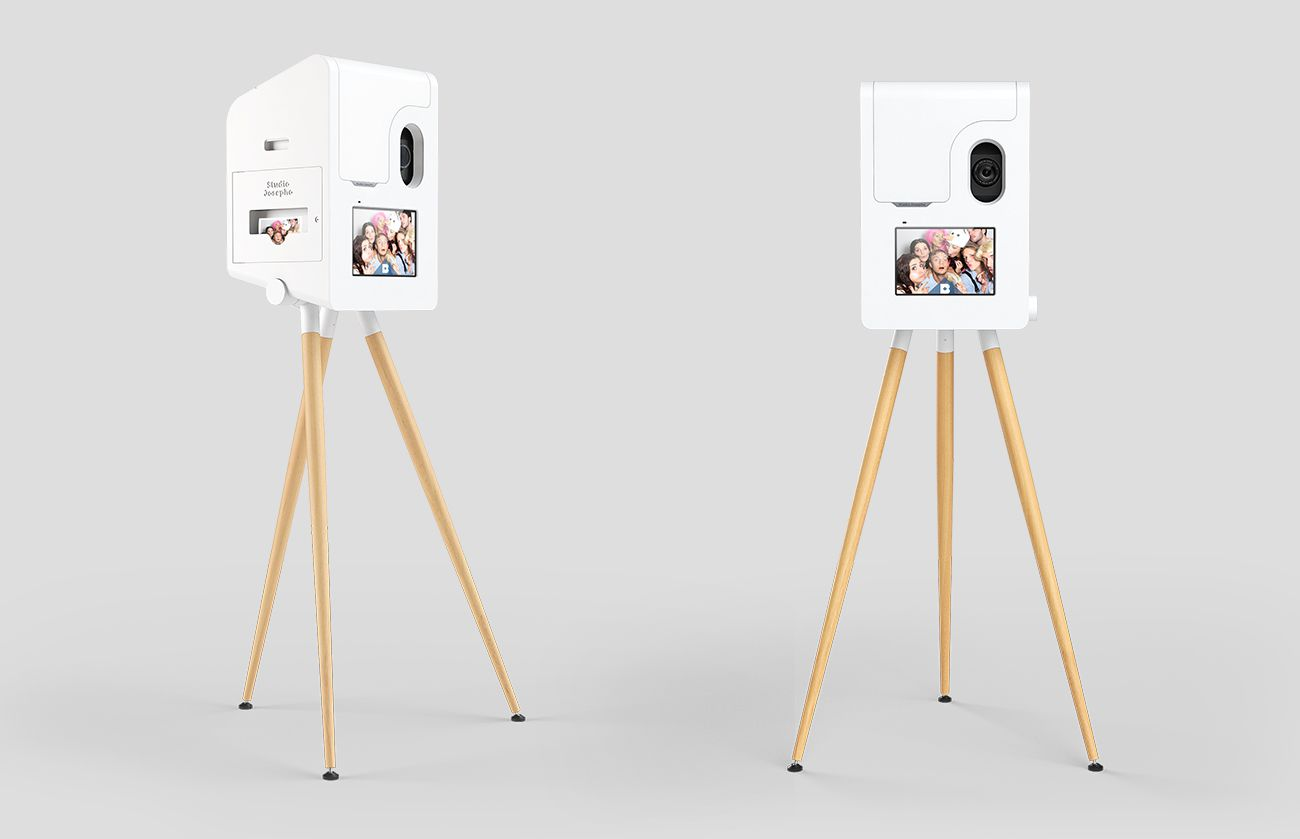 custom interactive solutions photo box
